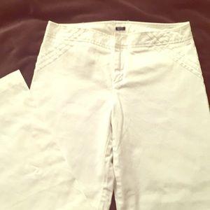 Gorgeous white GAP pants.